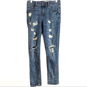 🔥Garage Heavily Distressed Girlfriend Jeans 01